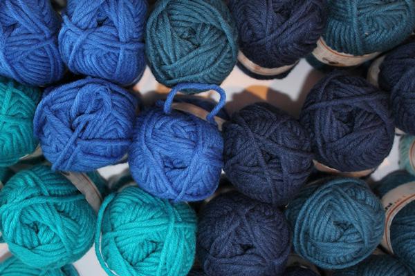 Wolle im Uinzelstuck (2)
