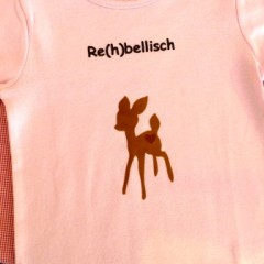 T-Shirt mit Reh-Aufdruck